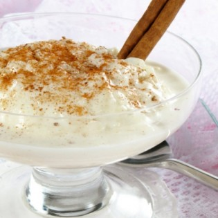 Creamy pudding Rice pudding style