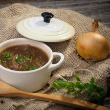 Onion soup with croutons
